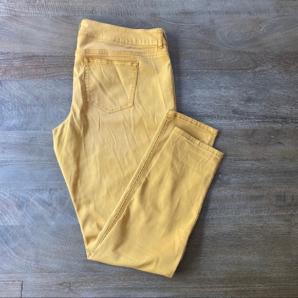 Maurices Denim - Maurices Mustard Jeggings size XL regular